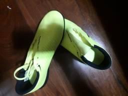 Chuteira phanton venon Nike amarela