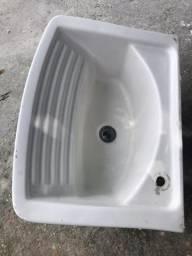 Pia Branca para lavanderia