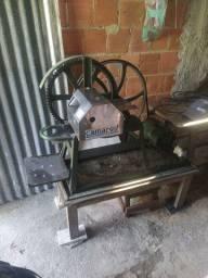 Máquina para moer cana