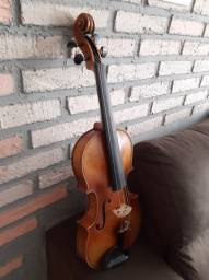 Violino de luthier chinês