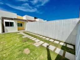 Casa plana nova com 3 quartos em excelente localização no eusébio!