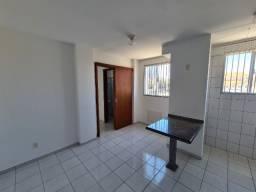 Apartamento semi mobiliado no Bucarein para aluguel em Joinville