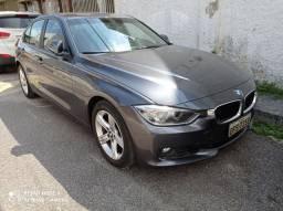 BMW 320i 2012 2013 completa revisada conservada