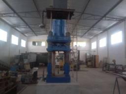 Prensa hidráulica 600 ton