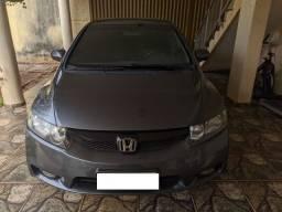 Honda Civic 1.8 em Perfeito Estado de Conservação