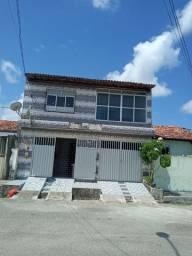 Vendo casa com primeiro pavimento são casas independente com garagem independente