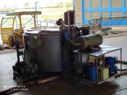 Ordenhadeira com tanque de resfriamento