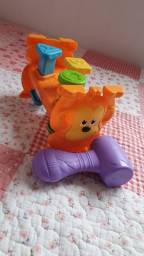 Martelinho e base Playskool