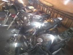 Peças de moto baixada da cbx Strada