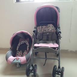 Kit Bebê conforto e carrinho de bebê (Usado)