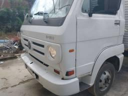 Caminhão Volks 8-150