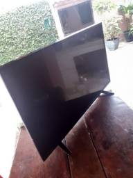 Televisão LG 42 polegadas smart modelo 43lh5700 para retirada de peças