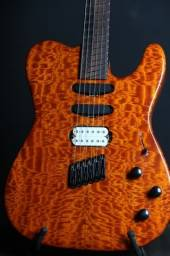 Guitarra custom shop Multiscale luthier Valdeci