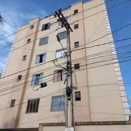 Apartamento para alugar com 3 dormitórios em Santa terezinha, Timóteo cod:1647