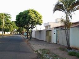 Título do anúncio: Casa à venda, 245 m² por R$ 400.000,00 - Jardim Europa - Goiânia/GO