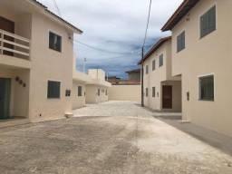 Vendo excelente casa individual em condomínio no Cambolo - Porto Seguro - BA