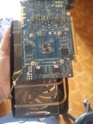 Placa de video gtx 670 (com defeito trocar capacitores)