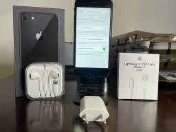 iPhone 8 - Completo e com 89%