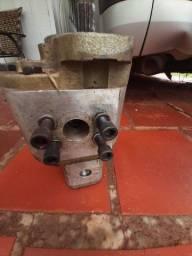 Bomba , motores , 2 pistões pneumáticos