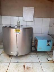 Vendo resfriador de leite 650 litros