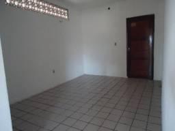 Apartamento com 2 quartos na Osório de Paiva