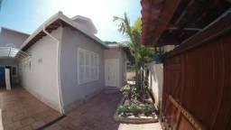 Casa nova c/ 3 quartos em Rua sem saída na Castelânea