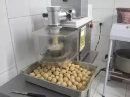 Maquina de salgados e doces mci