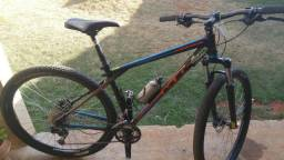 "Bike Bicicleta GT Karakoram 18"" Aro 29 27 Marchas Shimano"