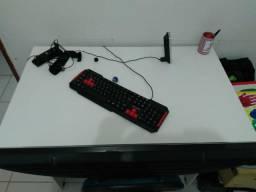 Mesa para estudar ou escritório