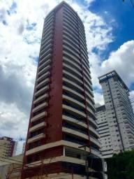 Aluga-se Magnífico Apartamento na Batista Campos com 3 suítes, 2 vagas