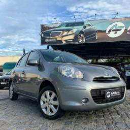 Nissan March 2013 - Completo Extra - 2013