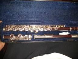 Troco por saxofone