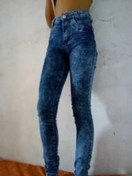 cb9520a4b Calça jeans chama no zap 987073996