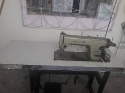 Maquina reta industrial 700 reais