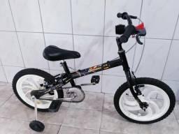Bicicleta aro 16 infantil do Batman em até 3x sem juros no cartão