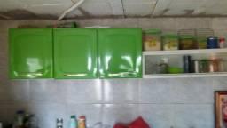 Vende-se um armário de cozinha mais