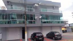 Apartamento em Itapema, com 02 dorm, ampla sacada e terraço lateral!!
