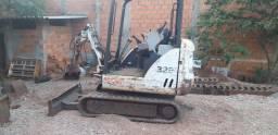 Bobcat 325g