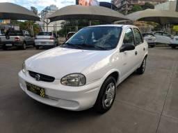 Corsa Sedan Basico - 2005