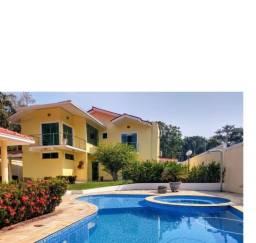 Linda Casa Duplex 762 m², 04 Suítes, Piscina, banheira hidro,04 vgs. Cd. Santorini