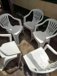 Cadeiras de plastico (10 cadeiras)