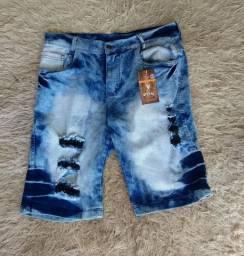 Bermudas jeans lisas e rasgadas