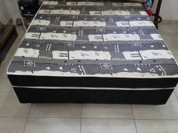 Cama box semi nova 370,00