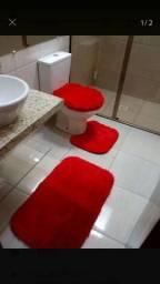Jogo de tapete de banheiro peludo