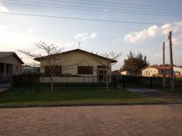 Casa de alvenaria com 5 dormitórios próximo mercado paloma na praia da esplanada