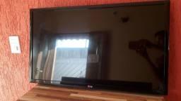 TV 32' com defeito