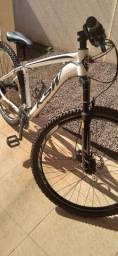 Bike nova barata aro 29