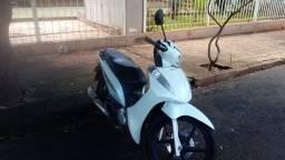 Vende -se Honda Biz ano 2016