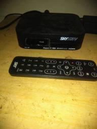 SKY pré pago HDTV novo com antena troco por Roku TV ou algo de meu interessee