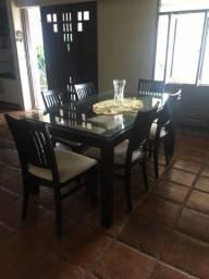 Vendo Mesa de Jantar 6 lugares com cadeiras